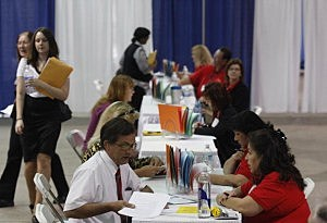 Report Show Private Sector Shed 23,000 Jobs In March