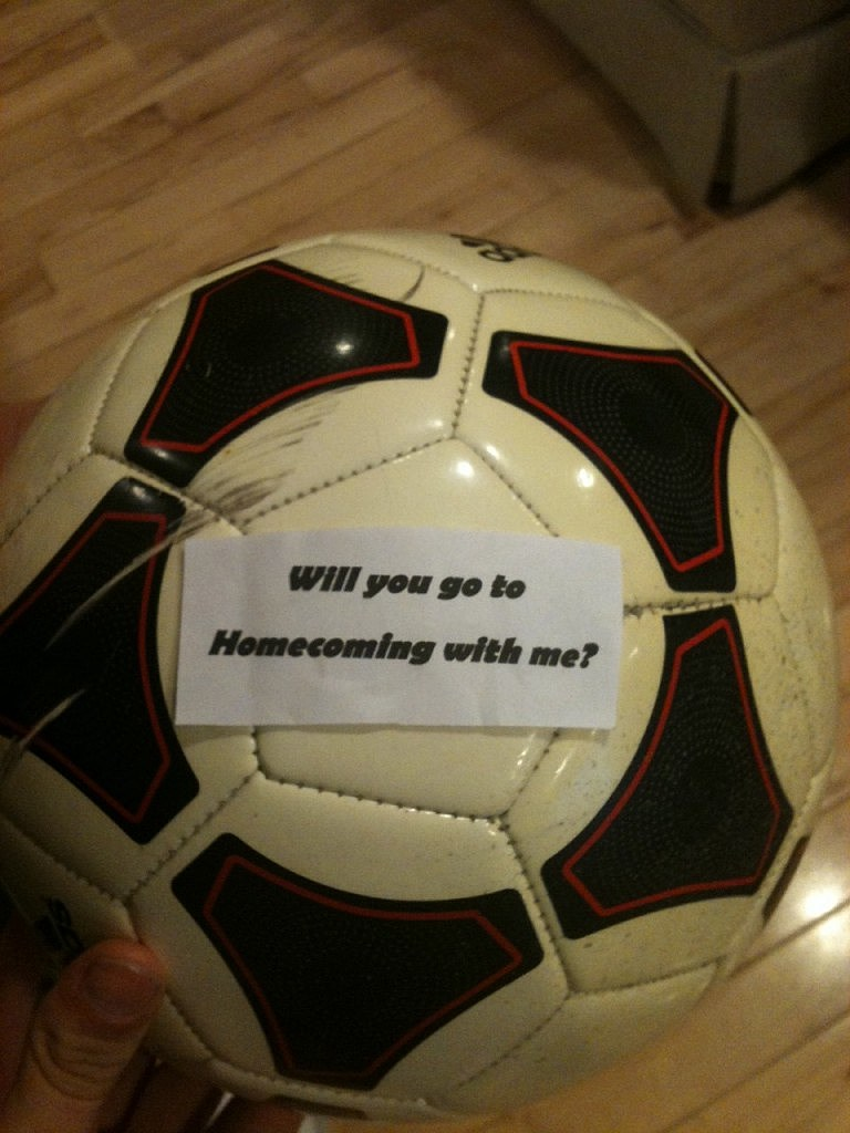 Unique Way To Ask A Girl To Homecoming
